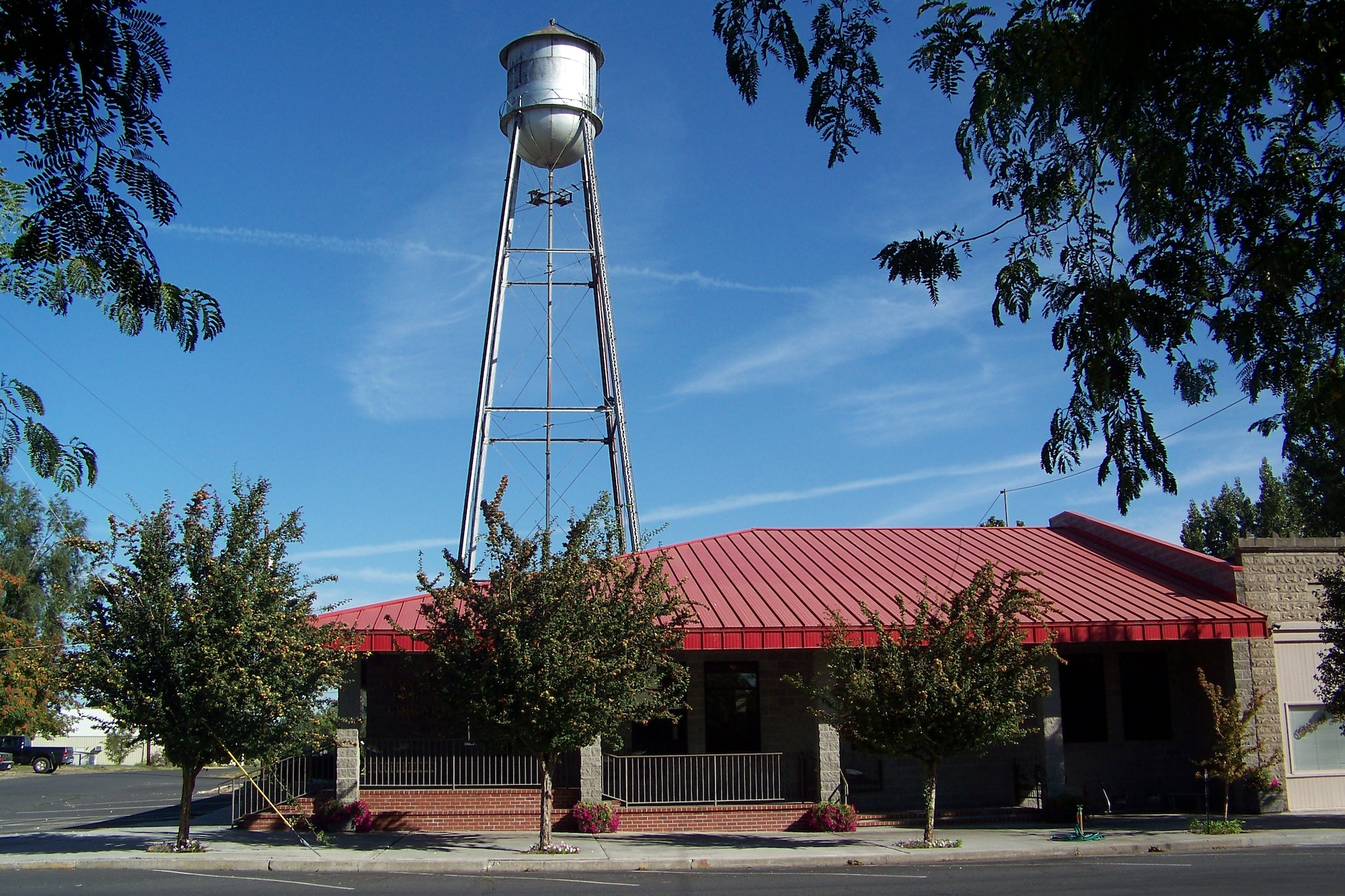 Stanfield Public Library building